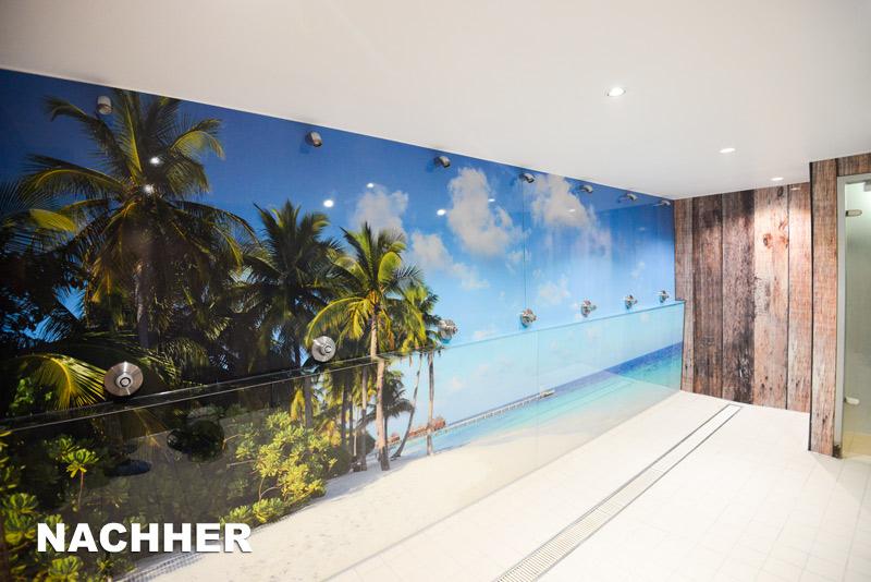 Nach der Renovierung der Duschen im Monte Mare ist ein Karibiktraum aus Palmen mit Sandstrand und türkisblauem Wasser entstanden.